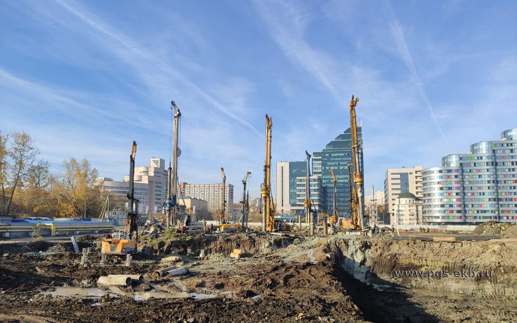 mnogofunktsionalnaya-ledovaya-arena-na-15-000-zritelej-v-gorode-ekaterinburge-2