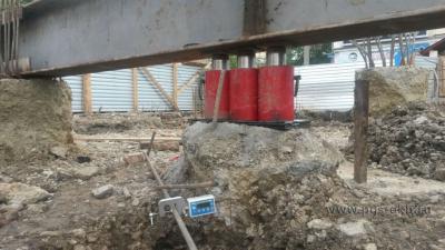 Испытание грунта сваями